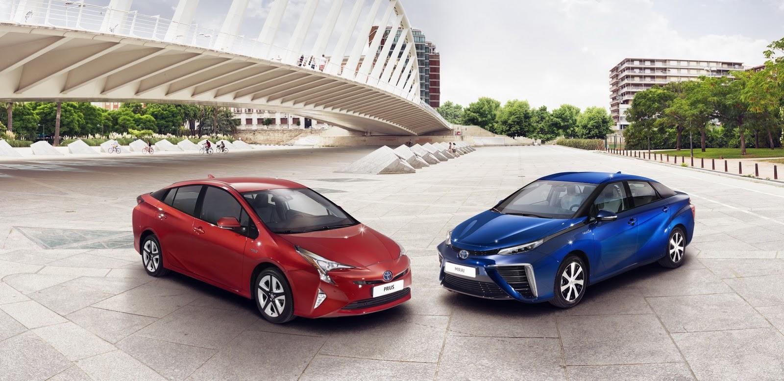 Nuova-Toyota-Prius-2016-12