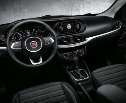 Nuova-Fiat-Tipo-2016-4