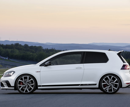 Volkswagen-golf-gti-performance-2016-10
