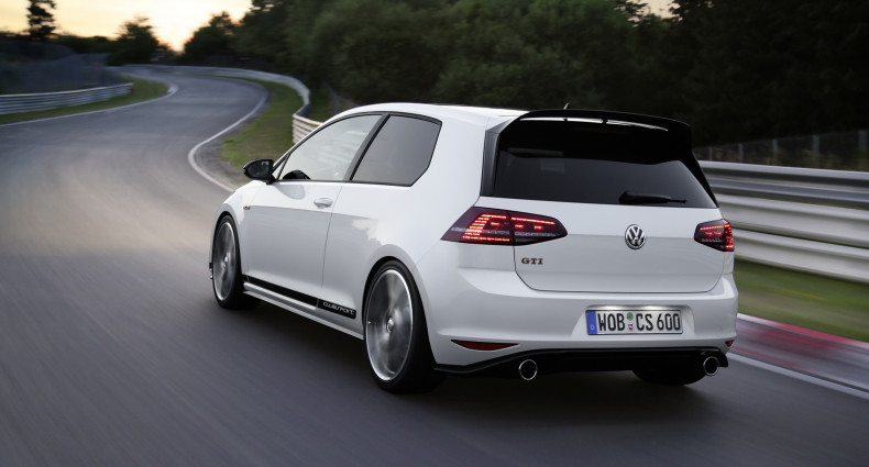 Volkswagen-golf-gti-performance-2016-4
