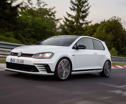 Volkswagen-golf-gti-performance-2016-5