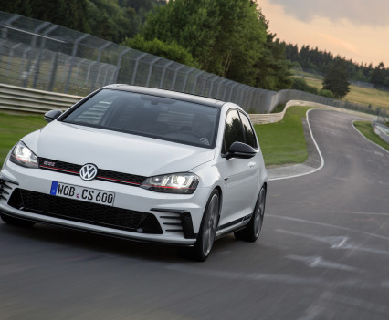 Volkswagen-golf-gti-performance-2016-6