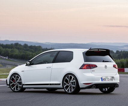 Volkswagen-golf-gti-performance-2016-9