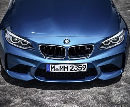 nuova-BMW-M2-2016-15