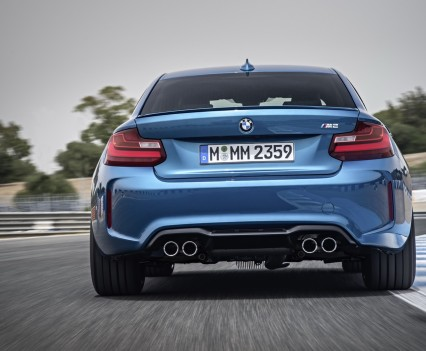 nuova-BMW-M2-2016-26