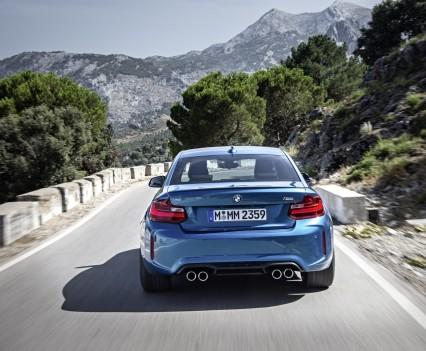 nuova-BMW-M2-2016-27