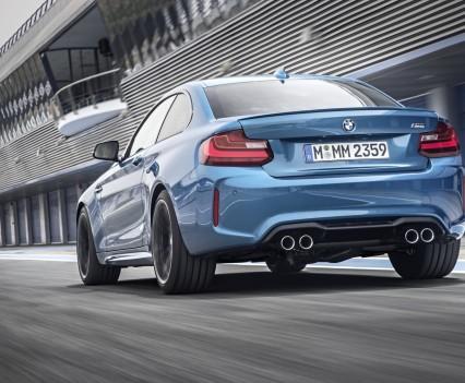 nuova-BMW-M2-2016-31