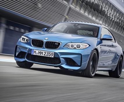 nuova-BMW-M2-2016-32