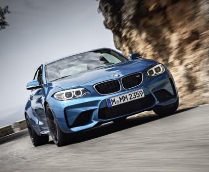 nuova-BMW-M2-2016-40