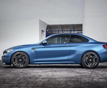 nuova-BMW-M2-2016-45