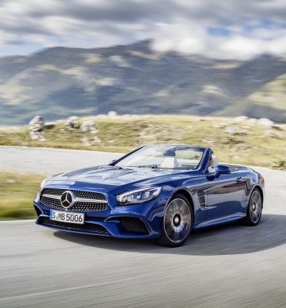 Mercedes-Benz SL 500. Blu Brillante con pacchetto AMG Line