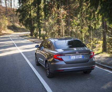 Nuova-Fiat-Tipo-diesel-2016-16