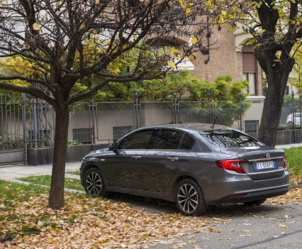 Nuova-Fiat-Tipo-diesel-2016-22