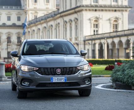 Nuova-Fiat-Tipo-diesel-2016-30