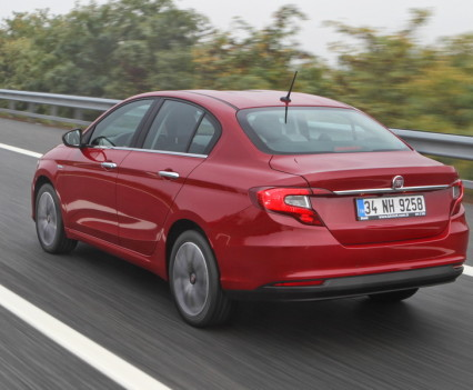 Nuova-Fiat-Tipo-diesel-2016-37