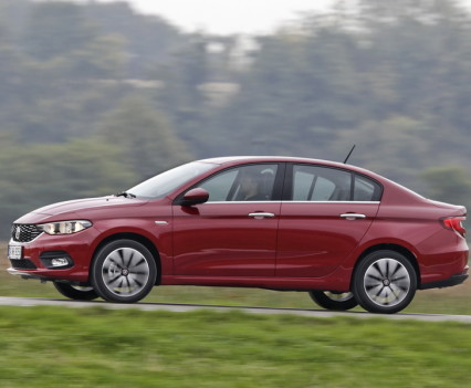 Nuova-Fiat-Tipo-diesel-2016-40