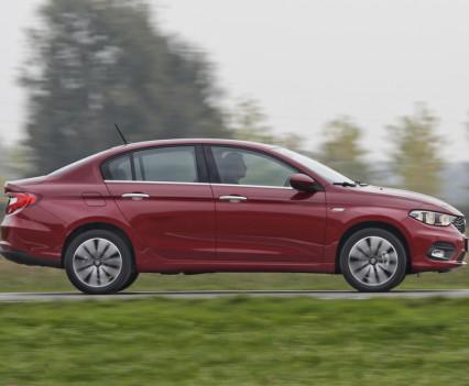Nuova-Fiat-Tipo-diesel-2016-41