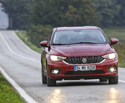 Nuova-Fiat-Tipo-diesel-2016-42