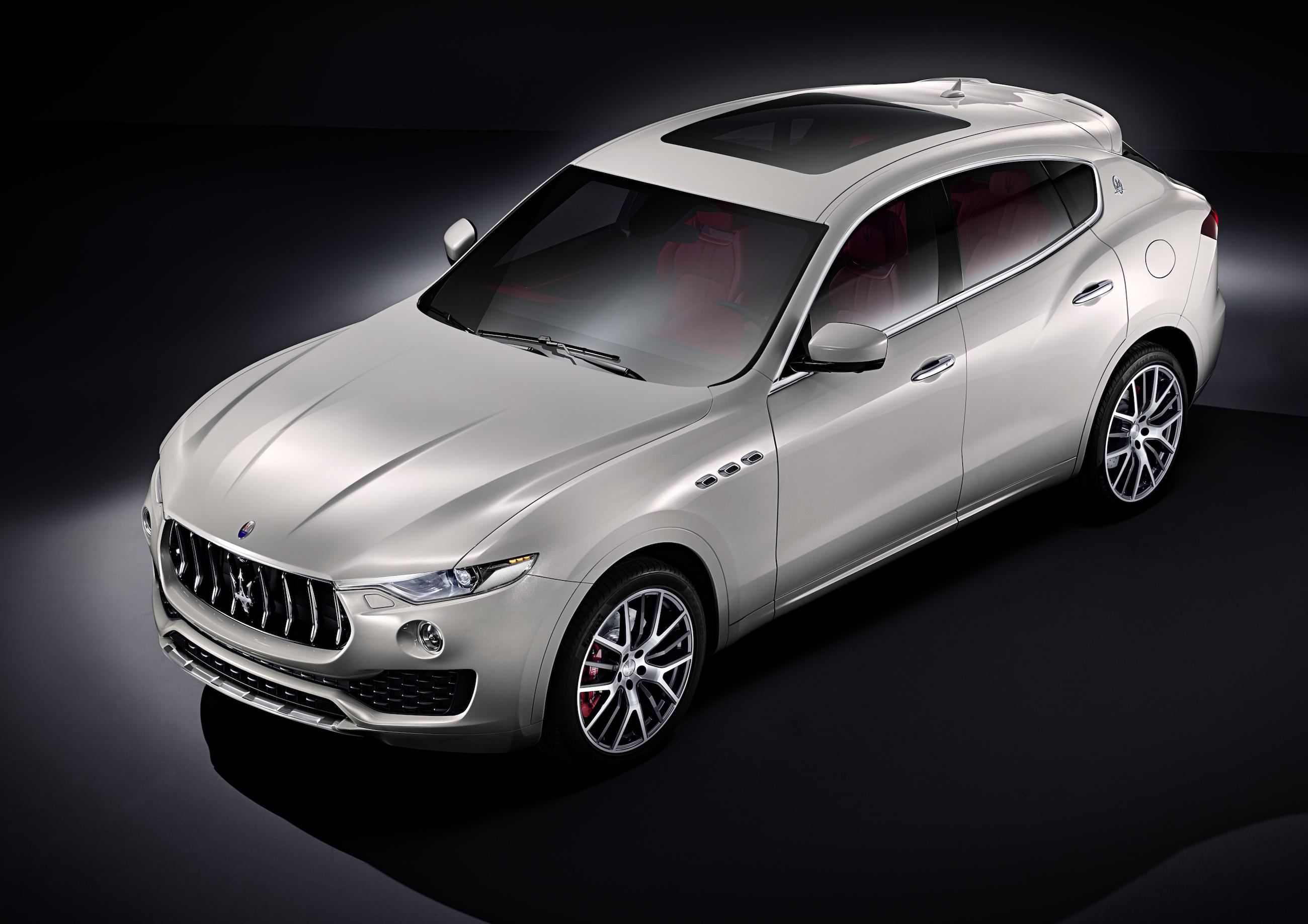 Maserati-levante-2016-ufficiale-suv-2