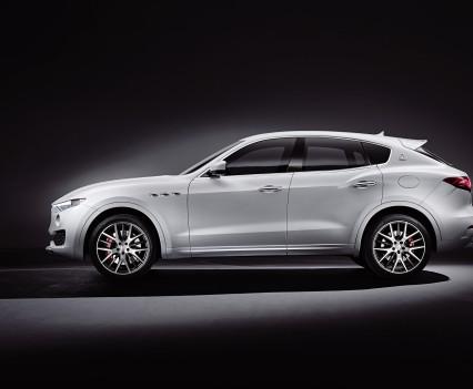 Maserati-levante-2016-ufficiale-suv-3
