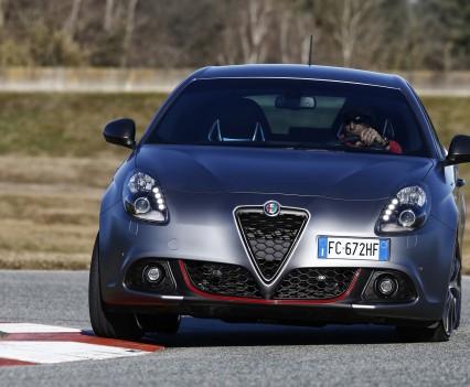 Nuova-Alfa-Romeo-Giulietta-2016-restyling-13