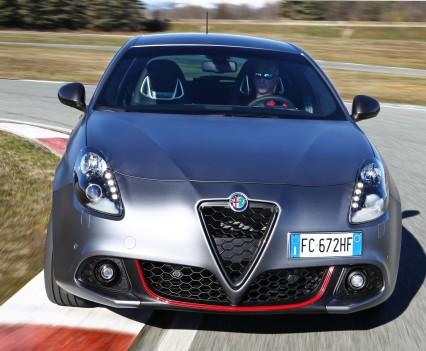 Nuova-Alfa-Romeo-Giulietta-2016-restyling-23