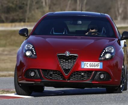 Nuova-Alfa-Romeo-Giulietta-2016-restyling-25