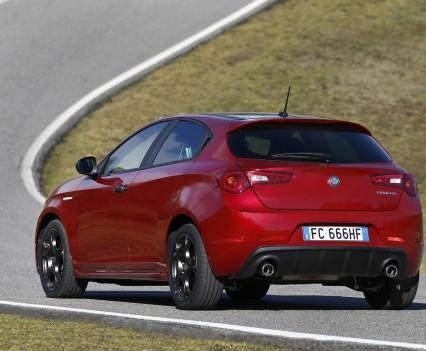 Nuova-Alfa-Romeo-Giulietta-2016-restyling-27