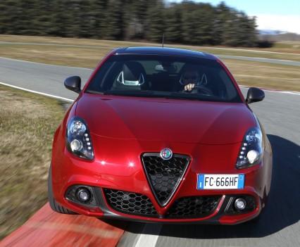 Nuova-Alfa-Romeo-Giulietta-2016-restyling-31