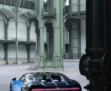 Nuova-bugatti-chiron-2016-1500-33