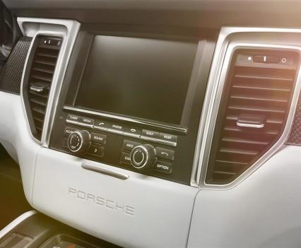 Porsche-macan-2.0-tfsi-turbo-benzina-8